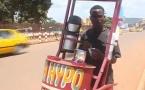 Les vendeurs ambulants de café en République Centrafricaine