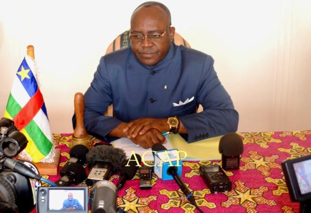 Le Maire de la ville de Bangui, Emile Gros Raymond Nakombo