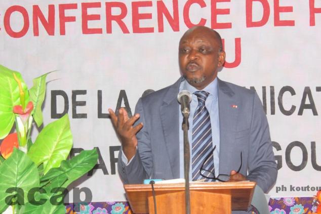 Le porte-parole du gouvernement s'explique sur la sécurité, les déplacés internes et les finances