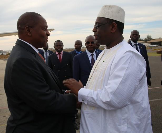 Le Président Faustin Archange Touadéra accueilli le 1er février à Dakar par son homologue sénégalais, Macky Sall