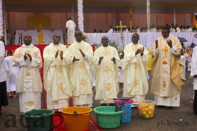 Le Cardinal Dieudonné Nzapalaïnga célèbre à Bangui la messe d'action de grâce de la rentrée pastorale 20128-2019