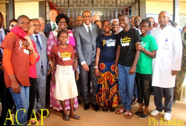 Visite de Brigitte Touadéra et de Michel Sidibé au Complexe pédiatrique de Bangui
