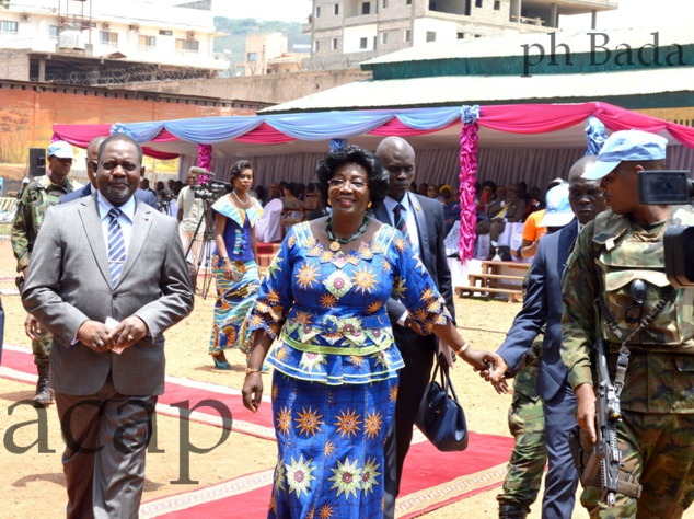Firmin Ngrébada et Brigitte Touadéra sur le site de la célébration