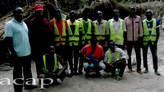 Photo de famille de l'équipe de Caro Mining