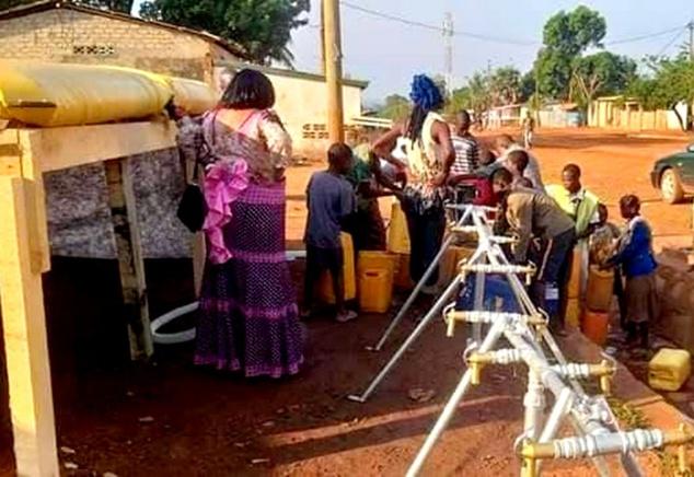 Autre façon de fournir l'eau à la population
