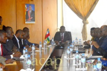 Le Premier-ministre Firmin Ngrébada justifie son refus d'autoriser les meetings politiques