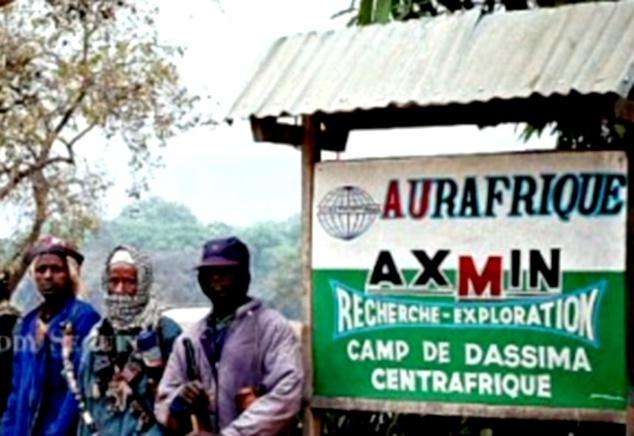 Une pancarte indiquant les activités d'Aurafrique à Ndassima (Archives)