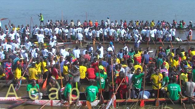 Le club Sékiamoté remporte la course de pirogue édition 2019