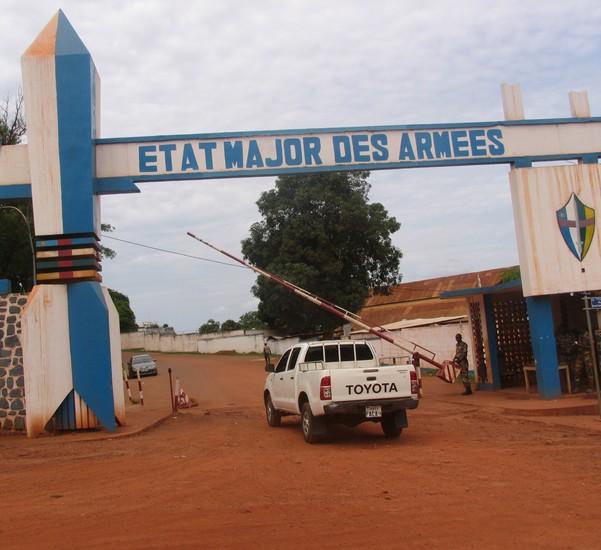 Image d'illustration de l'entrée de l'Etat-Major des Armées