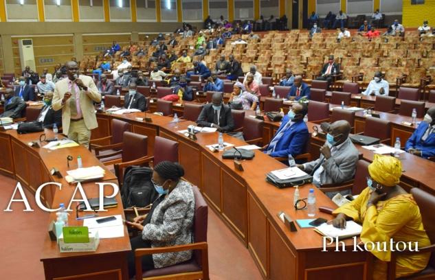 Débat en plénière sur le projet de loi portant collectif budgétaire