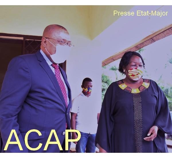 A gauche Mr D. EMBONDZA et Mme M.N KOYARA le 13 Juillet 2020 à Bangui