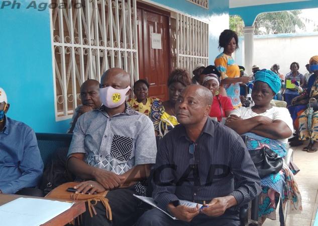 Les participants à la réunion du MCU