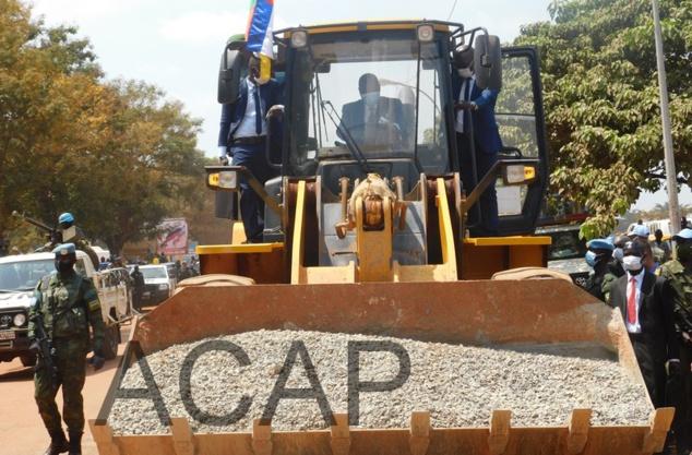 Plus de sept milliards de F.CFA pour réhabiliter l'axe centre-ville, Aéroport Bangui-M'Poko