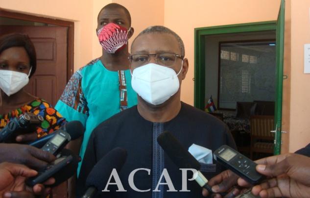 Le Ministre Somsé invite la population à un dépistage massif du COVID-19