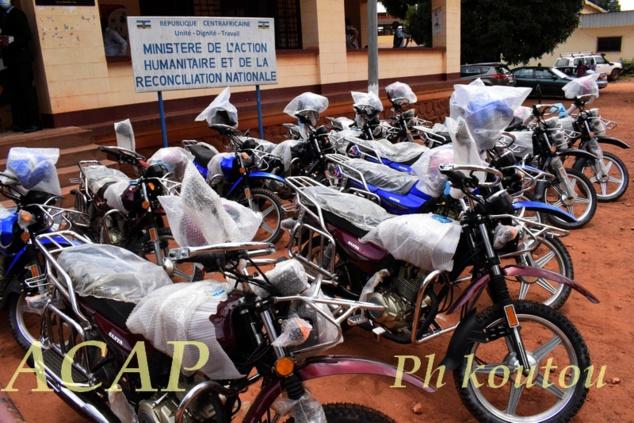 Des équipements pour appuyer les comités locaux de paix en Centrafricaine