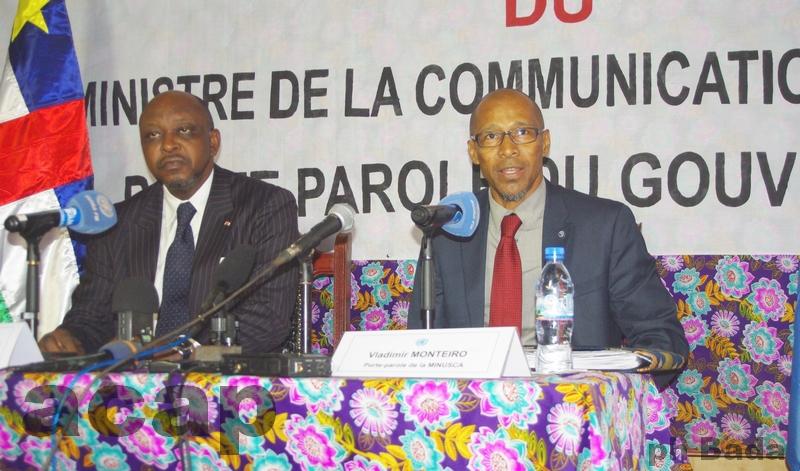 Ange Maxime Kazagui et Vladimir Monteiro pendant la conférence de presse conjointe