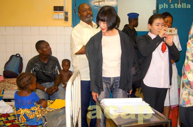 Troisième journée en Centrafrique de la délégation japonaise de la Fondation Gran- Nana