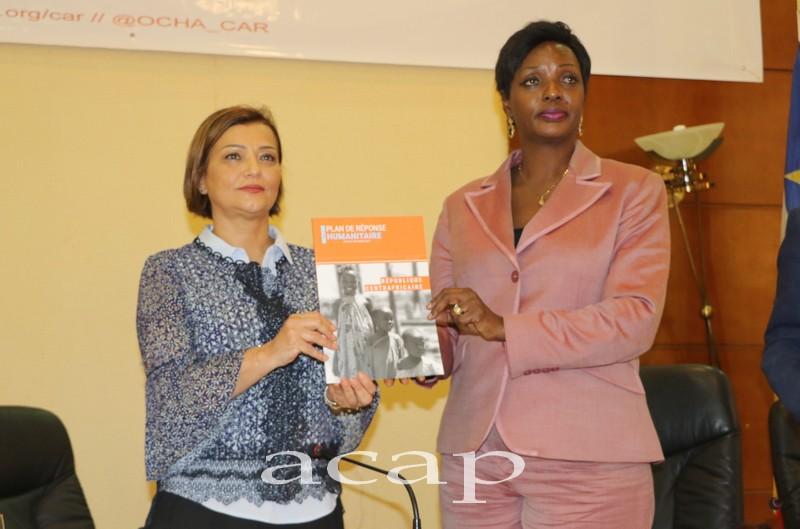 Najat Rochdi et Virginie M'baïkoua, lors du lancement du plan de réponse humanitaire