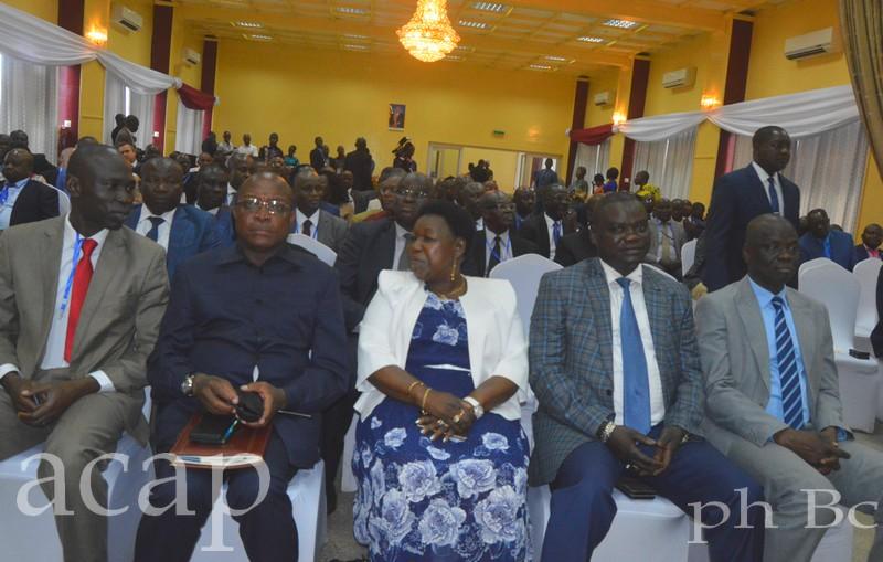 Le président centrafricain exhorte les ministres à mettre en œuvre les acquis du séminaire gouvernemental