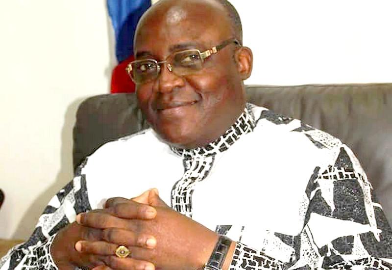le président de la délégation spéciale de la ville de Bangui, M. Emile Gros Raymond Nakombo