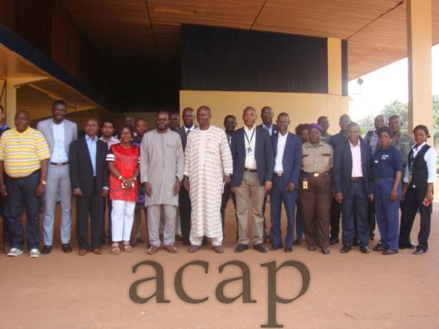 Les participants à la formation sur la surveillance de la maladie à virus Ebola