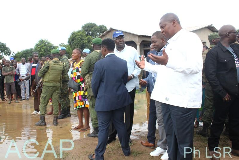 Le Président Faustin-Archange Touadéra visite les zones inondées