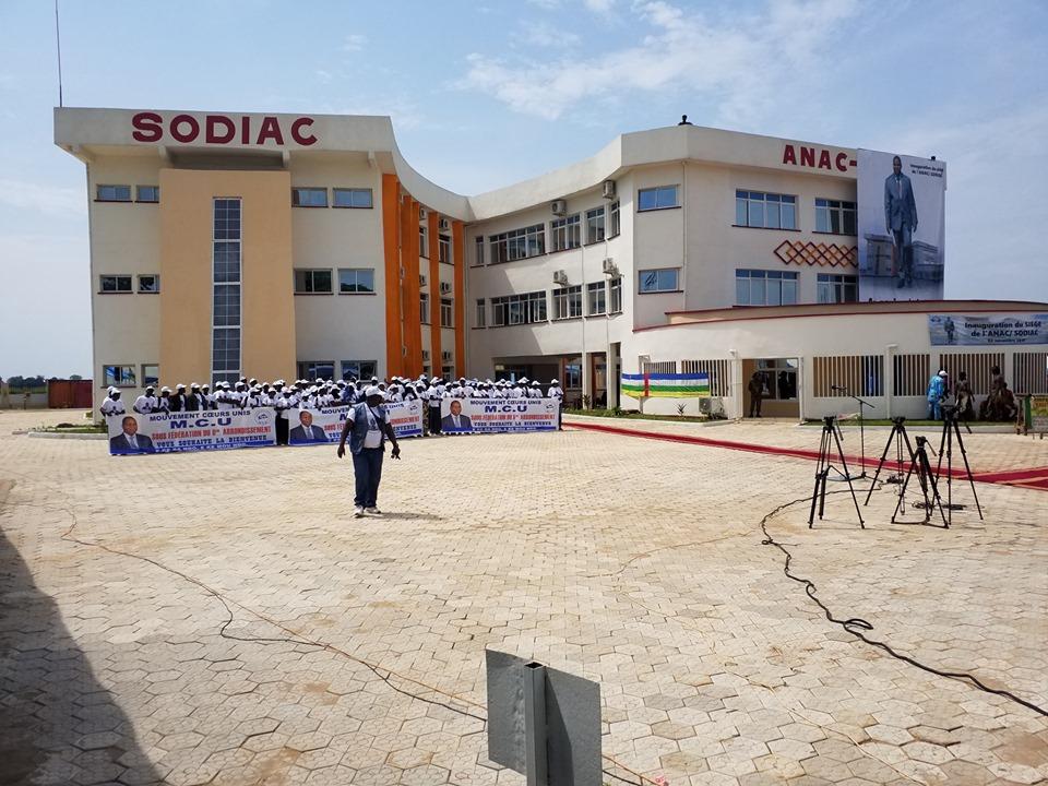 Inauguration à Bangui  d'un bâtiment pouvant abriter des infrastructures aéroportuaires