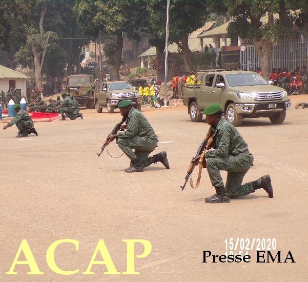 Les jeunes soldats en pleine démonstration tactique devant le chef de l'Etat le 15 Fevrier 2020 au camp deroux