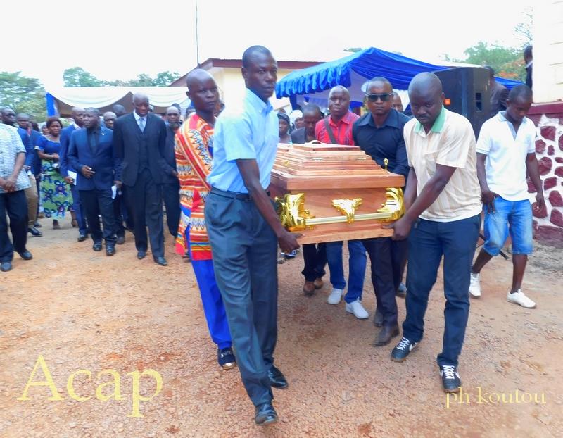 obsèques de Prosper Yaka-Maïdé