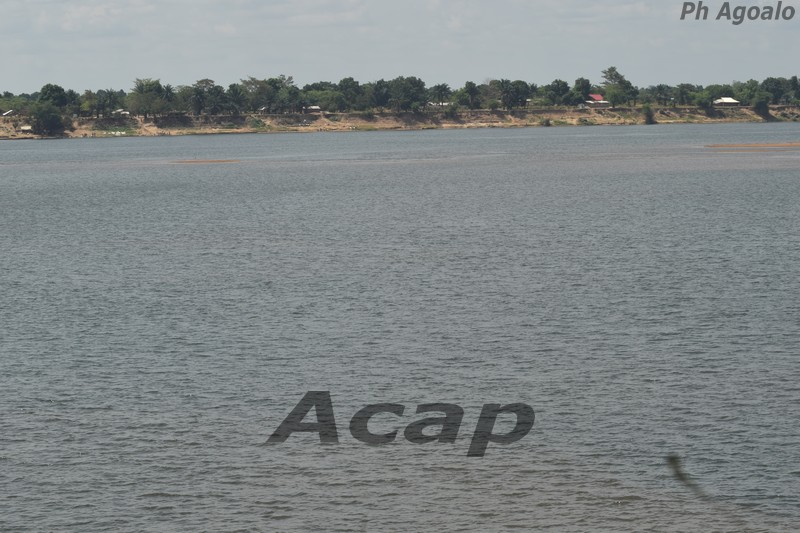rivière Oubangui déserte