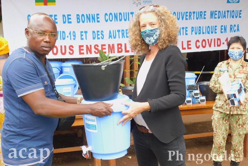 La MINUSCA  soutient les médias centrafricains avec des kits de protection contre le COVID-19