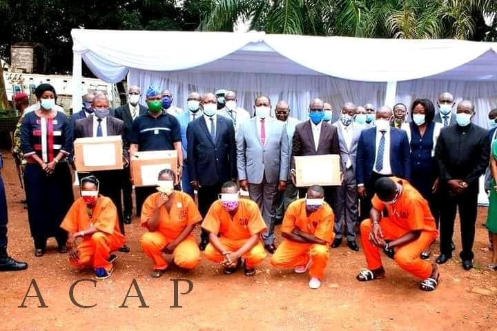 Les détenus de Bangui désormais dotés des tenues carcérales