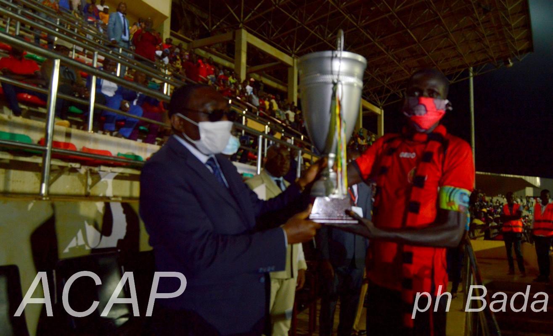 L'As Tempête-Mocaf remporte le trophée du 1er décembre dénommé « Coupe Touadéra »