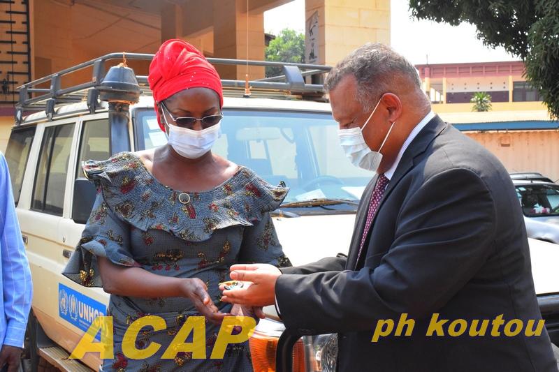 Don de matériels roulants au département de l'Action humanitaire