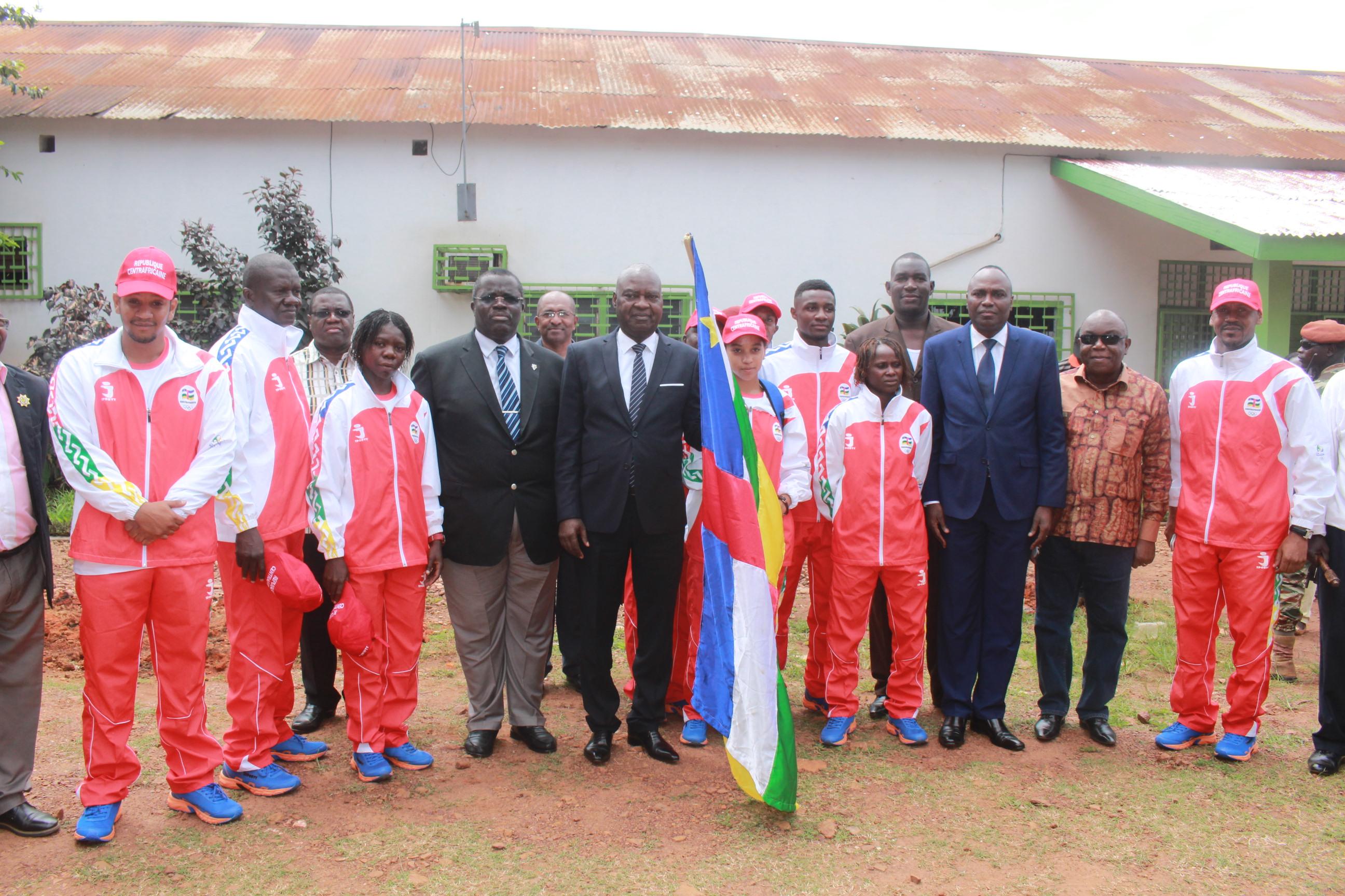 Le Premier ministre Sarandji galvanise les athlètes centrafricains retenus pour les Jeux Olympiques de 2016