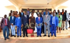 Photo de famille du Ministre Nguinza et des délégués du séminaire