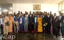 Photo de famille après la séance extraordinaire du Conseil économique et social