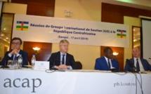 A gauche Koen,suivi de Jean-Pierre Lacroix; Firmin Ngrébada et Smail Chergui
